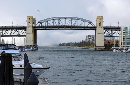 Burrard street bridge over Vancouver harbor Stock Photo - 12374108