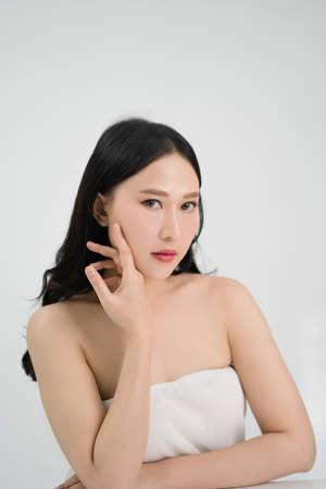 Beautiful Asian woman have fresh skin from skin care. Beauty concept. Banco de Imagens - 165564516