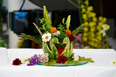 table decoration: melon and other fruits as table decoration