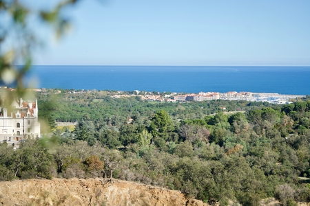 sur: Argeles sur mer with harbor, view from the heights Stock Photo