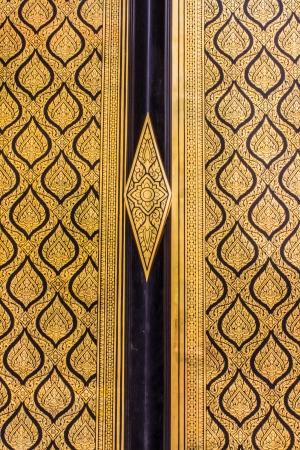 Beautiful thai door art architecture of the Emerald Buddha temple(Wat phra kaew) and & Beautiful Thai Door Art Architecture Of The Emerald Buddha Temple ... Pezcame.Com