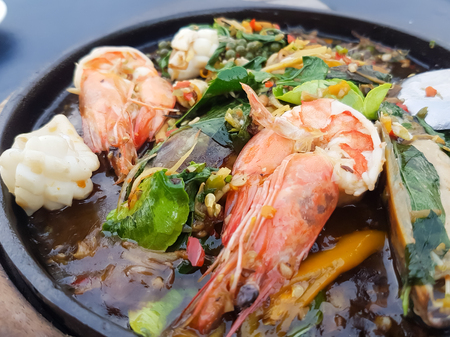 sizzle: Seafood Fried sizzle, Thai food.