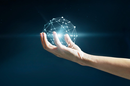 conexiones: Ciencia abstracta, círculo conexión de red global en la mano en el fondo de estrellas por la noche
