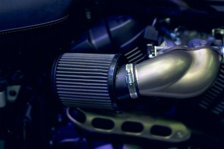filtración: Primer plano del filtro de aire de la motocicleta. Foto de archivo
