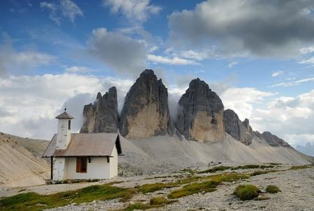 chapel dolomites photo