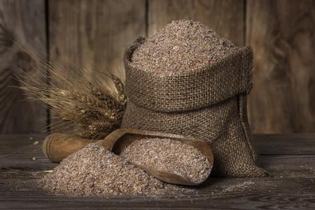 袋に小麦ふすま
