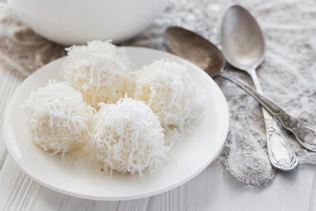 Homemade coconut candies Imagens