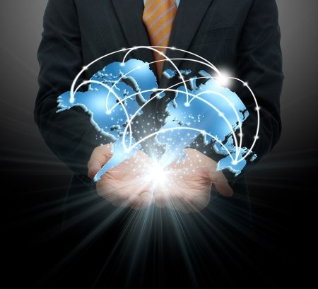 Businessman holding globalen Geschäft Standard-Bild