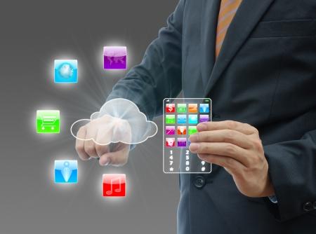Geschäftsmann Touch Cloud Computing