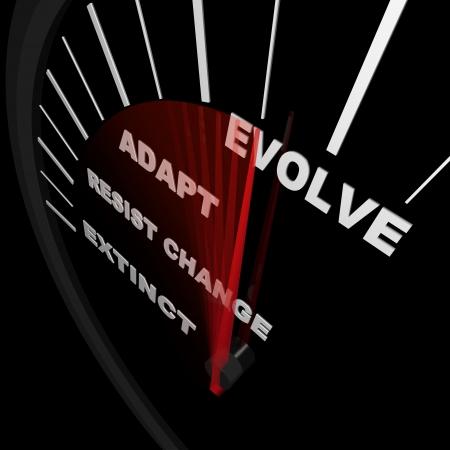 evolucion: Un veloc�metro realiza un seguimiento de los progresos del cambio, con carreras de extinto a evoluci�n de aguja  Foto de archivo