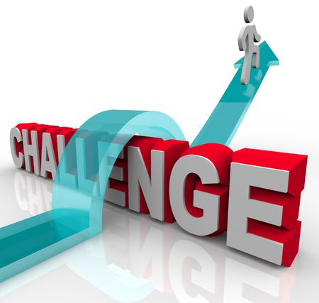 overcoming: Una persona salta sobre un reto, montando una flecha para el éxito