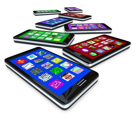 mobiele telefoons: Veel slimme telefoons met toepassing tegels op hun touchscreens Stockfoto