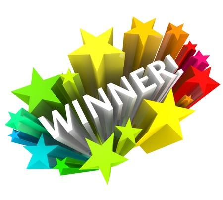 Het woord winnaar in witte letters omgeven door een uitbarsting van kleurrijke sterren in 3d Stockfoto