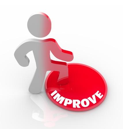evoluer: Une personne se dresse sur un bouton marqu� Improve et ses transformations de couleur pour symboliser son changement de soi et de la transformation de mieux lui-m�me Banque d'images