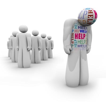 Una persona triste con la palabra ayuda le está aparte del grupo, siendo rechazado y que necesitan atención médica o psicológica Foto de archivo - 9897449