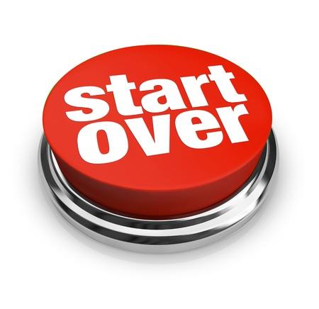 Een rode knop met de woorden Opnieuw beginnen op, die vernieuwing en verjonging door het starten van een nieuw begin in het leven, een carrière of een ander project Stockfoto