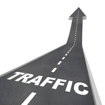 verhogen: Het woord Verkeer op een weg oplopend tot verhoogde activiteit vertegenwoordigen op het web of transport systeem, zoals snelwegen en snelwegen Stockfoto