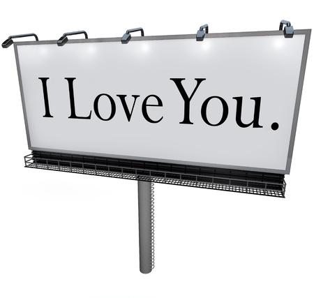 Een grote witte bord met de woorden: Ik hou van jou het delen van een romantische en gepassioneerde expressie van liefde en zorg emotie