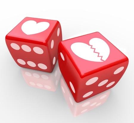 risky love: Due cuori su dadi, uno rotto a simboleggiare il rischio in amore, incontri, relazioni, matrimonio e divorzio nel gioco di condividere il tuo cuore con qualcuno elese