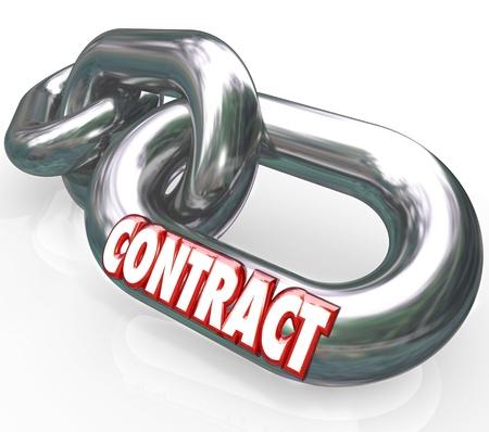 Het woord Contract op een metalen ketting verbonden met andere ketens en links naar een overeenkomst te symboliseren, juridisch bindende toezegging of garantie tussen twee partijen Stockfoto - 14955456