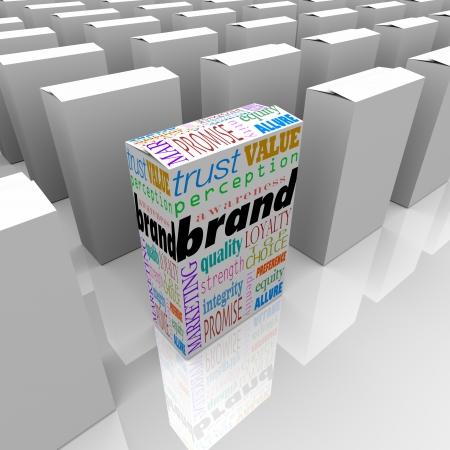 percepción: Muchas cajas en un estante de la tienda, uno con la Marca de palabra, para diferenciarla de ser la mejor opción, la mayoría de buena reputación o credibilidad, y la parte superior de la popularidad y lealtad Foto de archivo