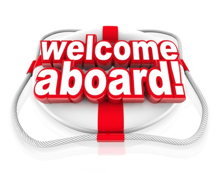 receptivo: Bienvenido a bordo palabras en un salvavidas blanco y rojo para darle la bienvenida con un saludo amable, acogedor iniciaci�n gesto y equipo Foto de archivo