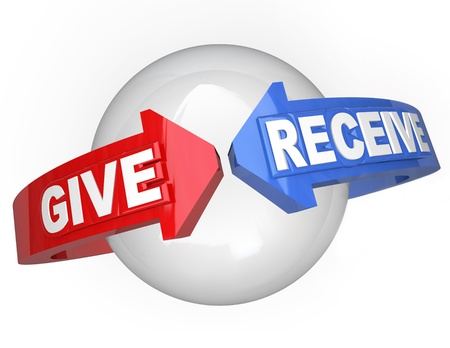 generosity: Dar y recibir palabras de flechas alrededor de una esfera que simboliza el punto de partida de compartir y volver a estar, una forma de karma por las cosas buenas que haces por los demás Foto de archivo
