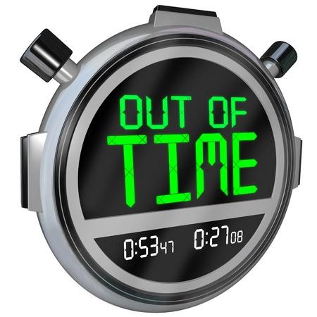Un cronómetro con las palabras de la hora que representa una fecha límite que se aproxima o ya ha pasado y que se ha quedado sin posibilidad de completar o terminar una prueba, un proyecto o un evento deportivo