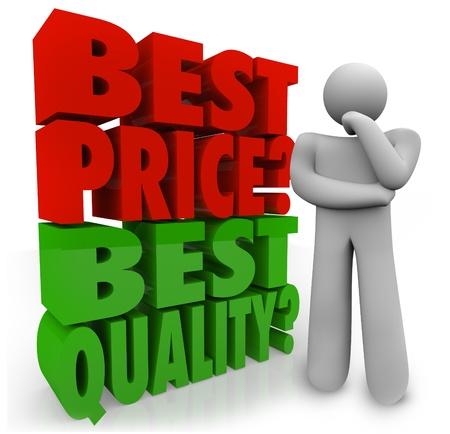 Eine Person denkt, ob besten Preis oder die Qualität ist wichtig, um eine Kaufentscheidung treffen, wenn Preisvergleichs Standard-Bild - 19300182