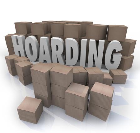 garbage collector: La palabra acaparamiento rodeado de cajas de cart�n apiladas en un fuera de control colecci�n desordenada de art�culos, chatarra y basura Foto de archivo