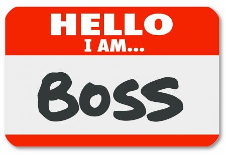 autoridad: Hola Soy palabras Fundador en una etiqueta engomada gafete rojo para ilustrar la gestión, director, autoridad u otra figura o líder superiores