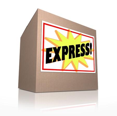 Het woord Express op een sticker label op een kartonnen doos om een zending die moet snel worden geleverd via speciale snelle verzendservice illustreren Stockfoto