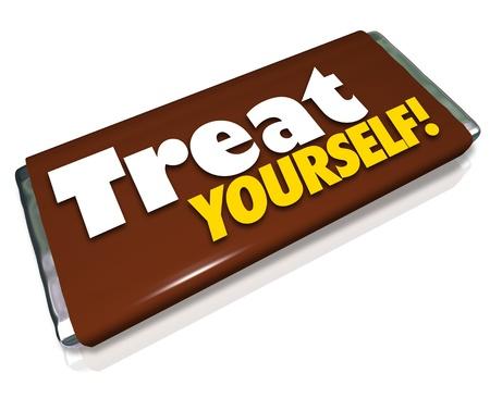 candy bar: Las palabras Date un capricho en un envoltorio de caramelo para ilustrar la indulgencia y el tratamiento de su hambre o el apetito de un placer culpable especial