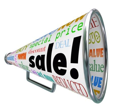 reduced value: La venta de la palabra en un meg�fono o meg�fono para anunciar un evento de autorizaci�n especial o descuento descuentos en mercanc�a en una tienda