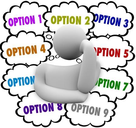 aussi: Un penseur entour� de nuages ??r�fl�chi avec le mot Option pour illustrer les nombreux choix qu'il a � choisir dans le choix de la meilleure s�lection Banque d'images