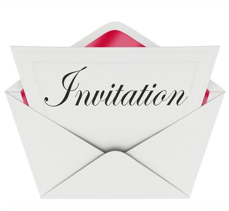 """봉투에 카드에 단어 """"초대""""공식적으로 파티 또는 다른 특별 이벤트에 당신을 초대합니다"""