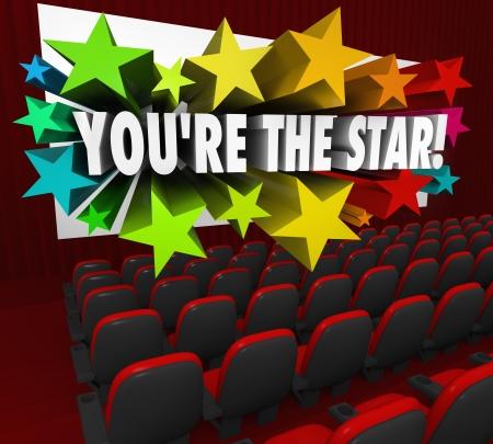 有名人を説明するために映画の映画館のスクリーンから星の爆発とホット俳優または映画で女優をされている言葉 写真素材