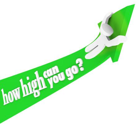 成功を達成するために男登山と昇順で乗っている緑色の矢印の上の高行くことができますあなたの質問の言葉