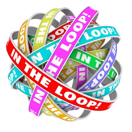 informait: Dans les mots de boucle de rubans circulaires de couleur dans un mod�le de cercle pour illustrer rester inform� des informations, des nouvelles, des ragots ou d'autres d�tails importants