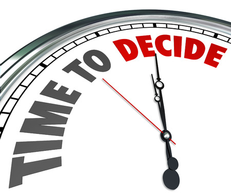 przypominać: Czas na decyzje, słowa na dobę, aby przypomnieć o odliczanie do deadlne wyboru, głosowanie lub wybierając swój wybór Zdjęcie Seryjne
