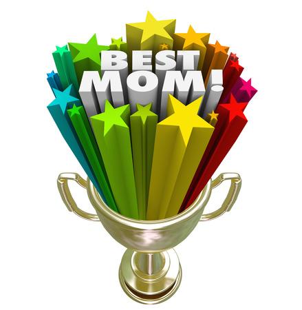 trofeo: Mejor premio paternidad Mamá, trofeo o premio que se otorga a la madre más grande del mundo en reconocimiento de los grandes o mejores habilidades de los padres Foto de archivo