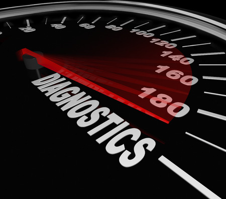 determining: Diagn�stico del veloc�metro para ilustrar el diagn�stico de un problema con su veh�culo, coche o autom�vil a un taller mec�nico para reparar un problema Foto de archivo