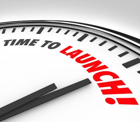 Tijd om woorden te lanceren op een klok om een countdown of deadline te illustreren om te starten of te onthullen van een nieuw product, bedrijf, bedrijf of dienst