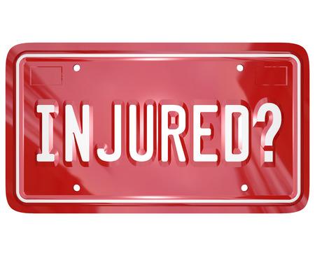 plaque immatriculation: Question bless�s sur une plaque d'immatriculation rouge 3d pour illustrer sollicitant un jugement contre une autre partie dans une cour de justice par l'avocat de blessure ou de recours collectif