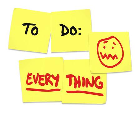 To do list op gele plakbriefjes en word alles te illustreren wordt gestresst en overwerkt in je werk of in het leven Stockfoto