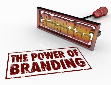 El poder de la palabra de marca y una plancha de la marca para ilustrar la confianza, la lealtad, la identidad y la conciencia de marketing