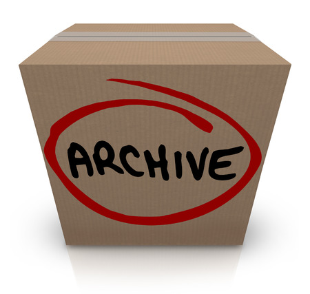 Archive word written on a cardboard box full of records, files or other items stored away for future reference Zdjęcie Seryjne