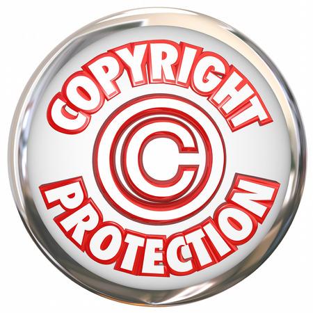 protecting your business: Derecho de autor Protecci�n 3d s�mbolo y palabras en un icono redondo blanco ilustrando su propiedad intelectual est� a salvo de robo y la pirater�a