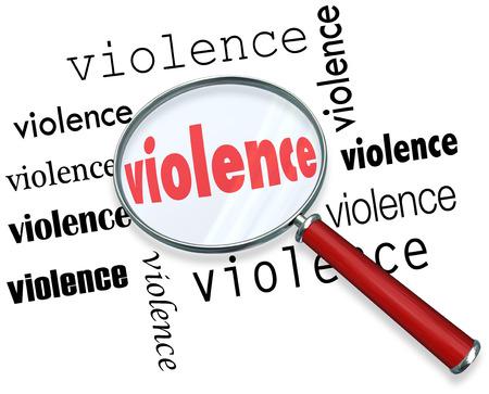 oorzaken: Geweld woord onder vergrootglas aan onderzoek of onderzoek naar de oorzaken van geweld te illustreren