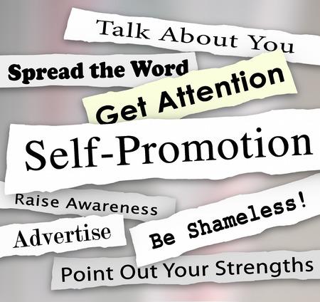 phrases: Palabras autopromoci�n y frases en titulares de peri�dicos rasgados o rotos para ilustrar conseguir publicidad de marketing o atenci�n de una audiencia o clientes Foto de archivo